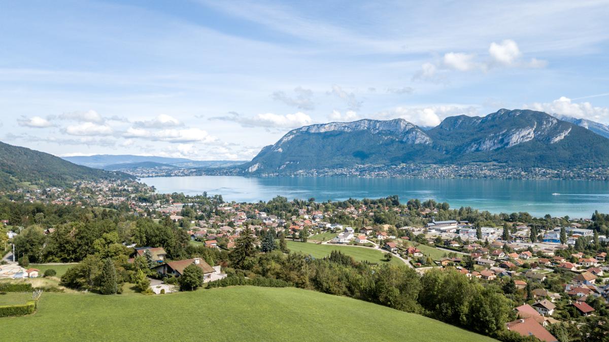 Lac d'Annecy : prestigieuse destination mais pas chère