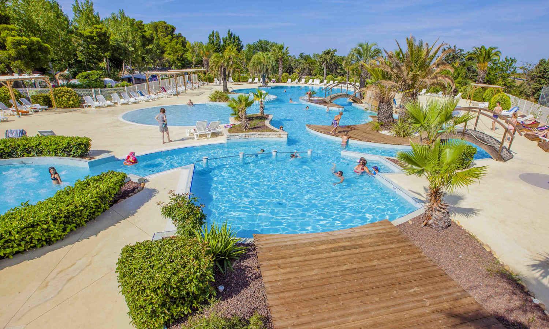 Envie de passer vos prochaines vacances à Agde ? Découvrez les Champs Blancs